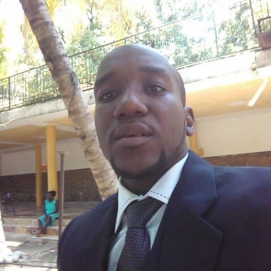 Dr Ricardo Nordain